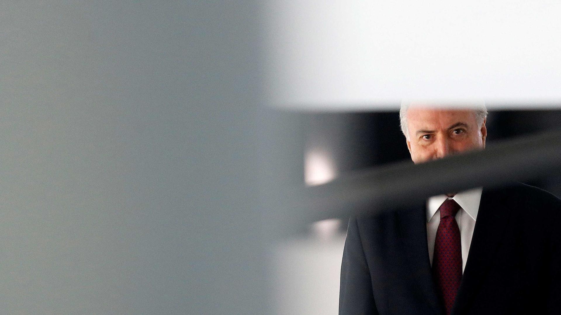 CNT/MDA: Lula lidera em todos os cenários