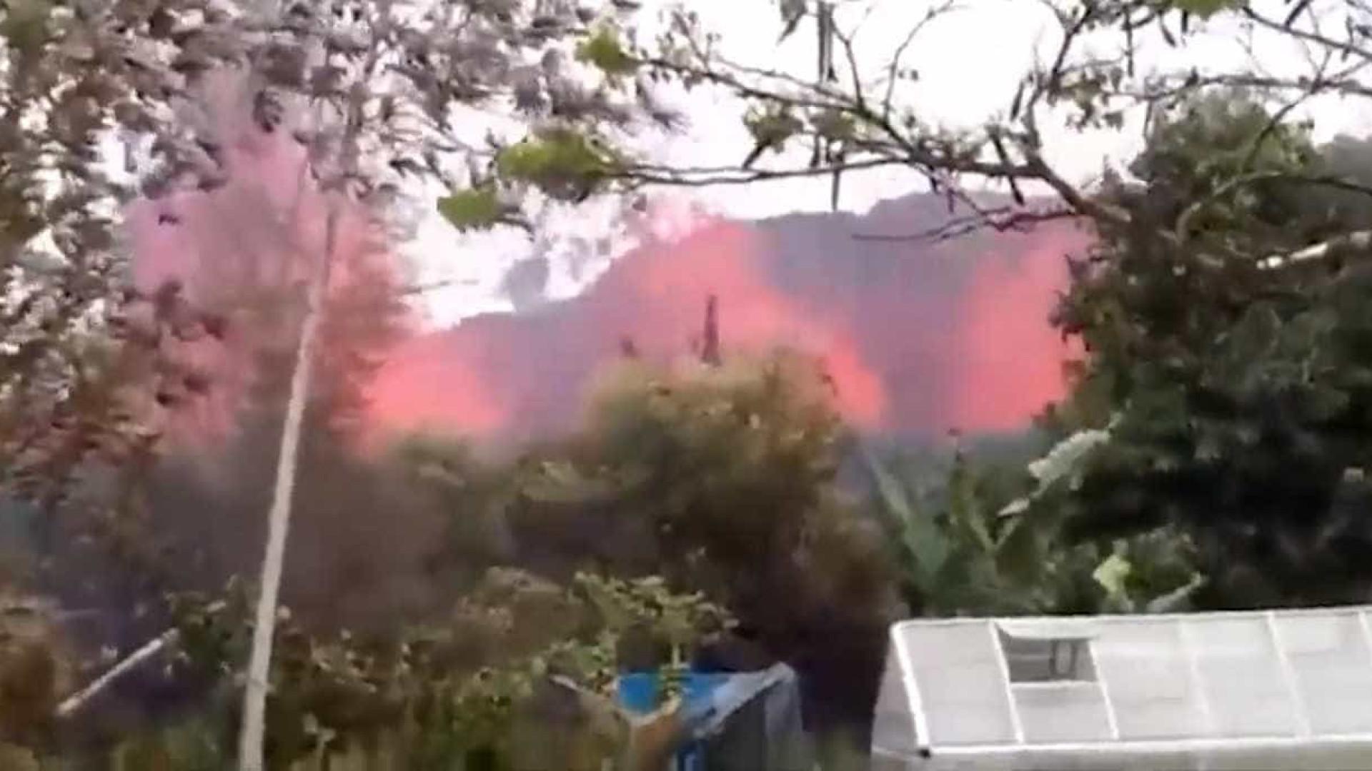 Erupção de vulcão no Havai pode lançar pedras do tamanho de frigoríficos