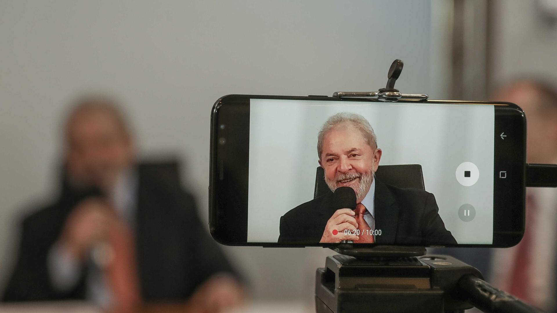 Lula pede ao TSE para gravar vídeos como apoiador de Haddad