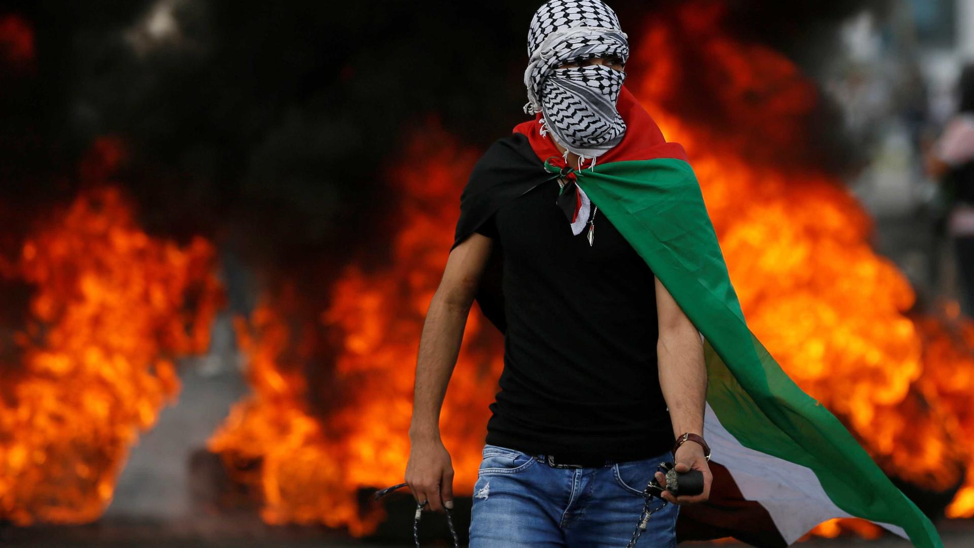 Palestinos fazem 'Marcha do Retorno' após massacre em Gaza