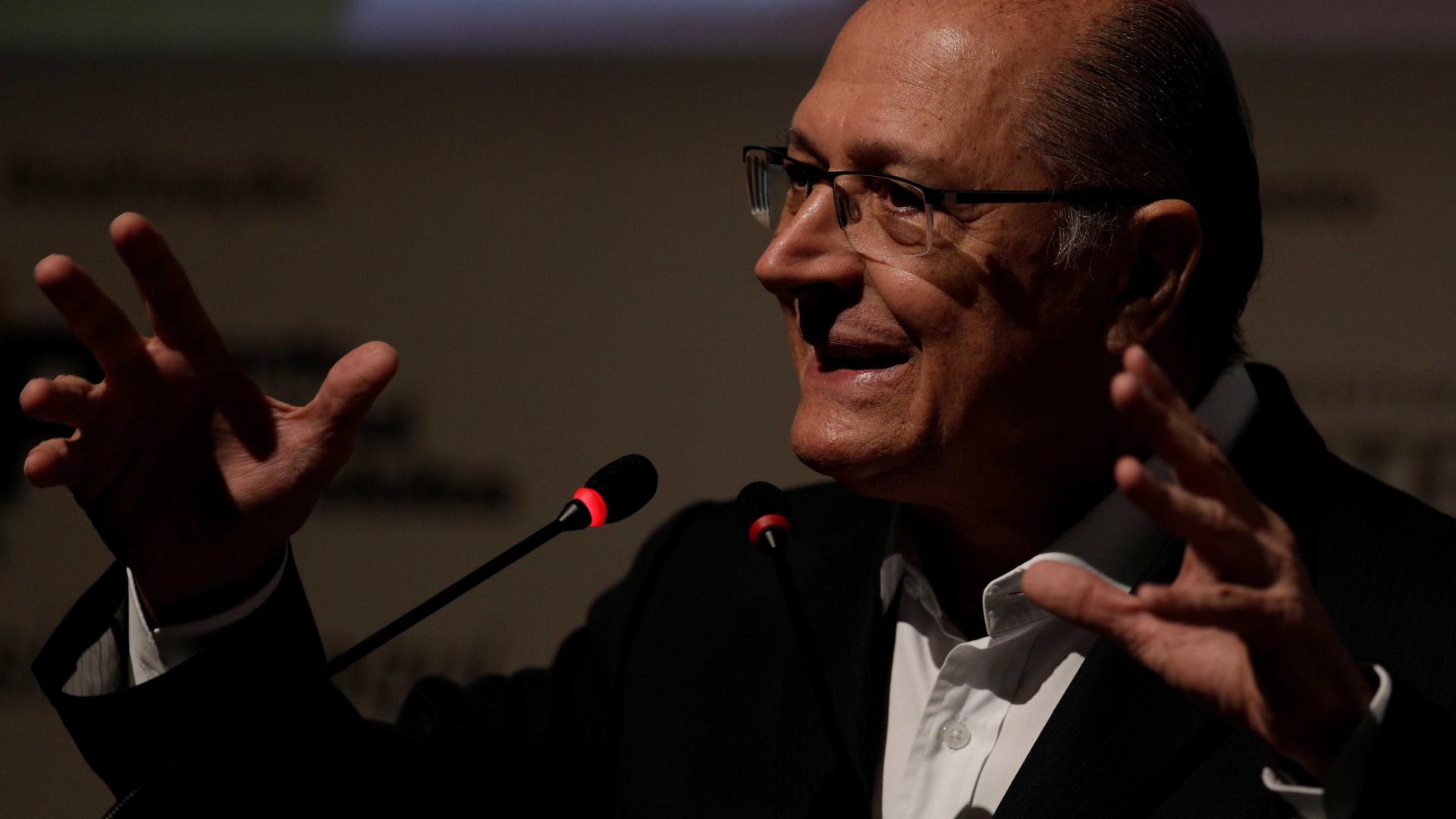 'É tudo que queremos', diz Alckmin sobre aliança com DEM