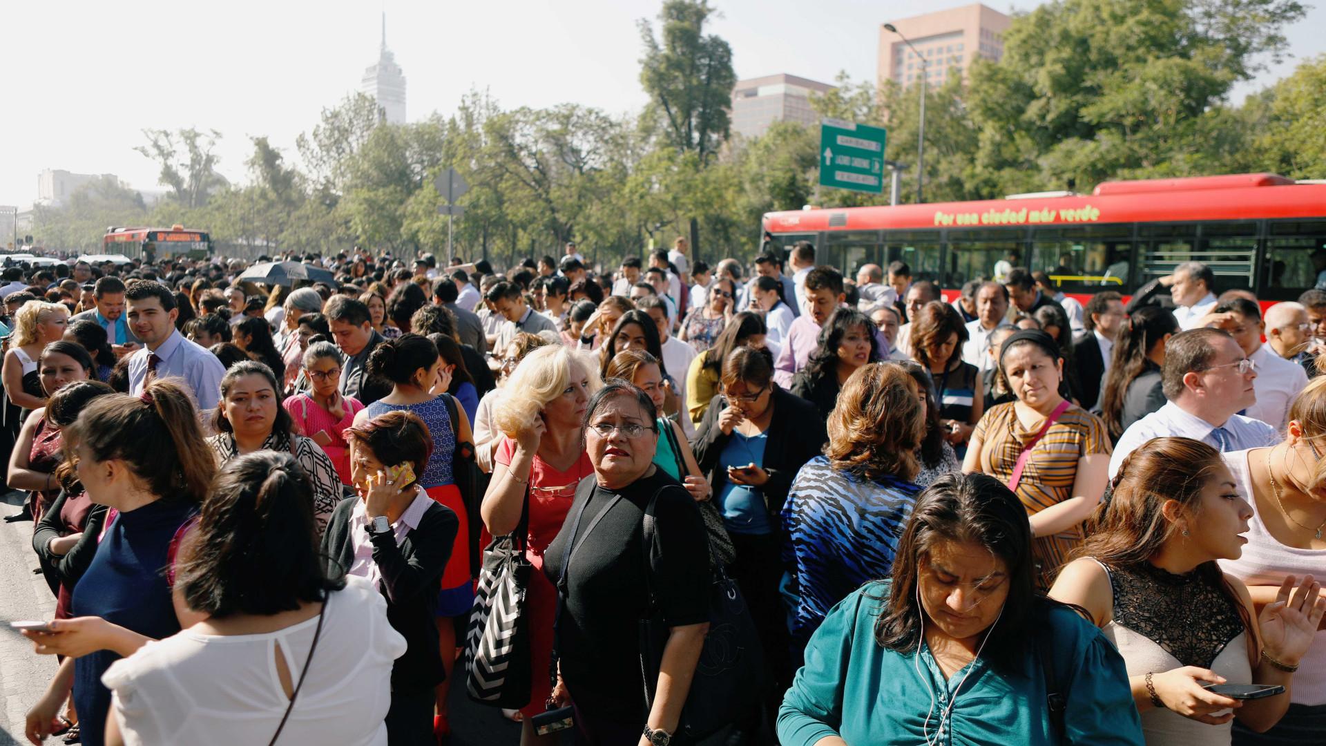Terremoto de magnitude 5,3 causa pânico no México