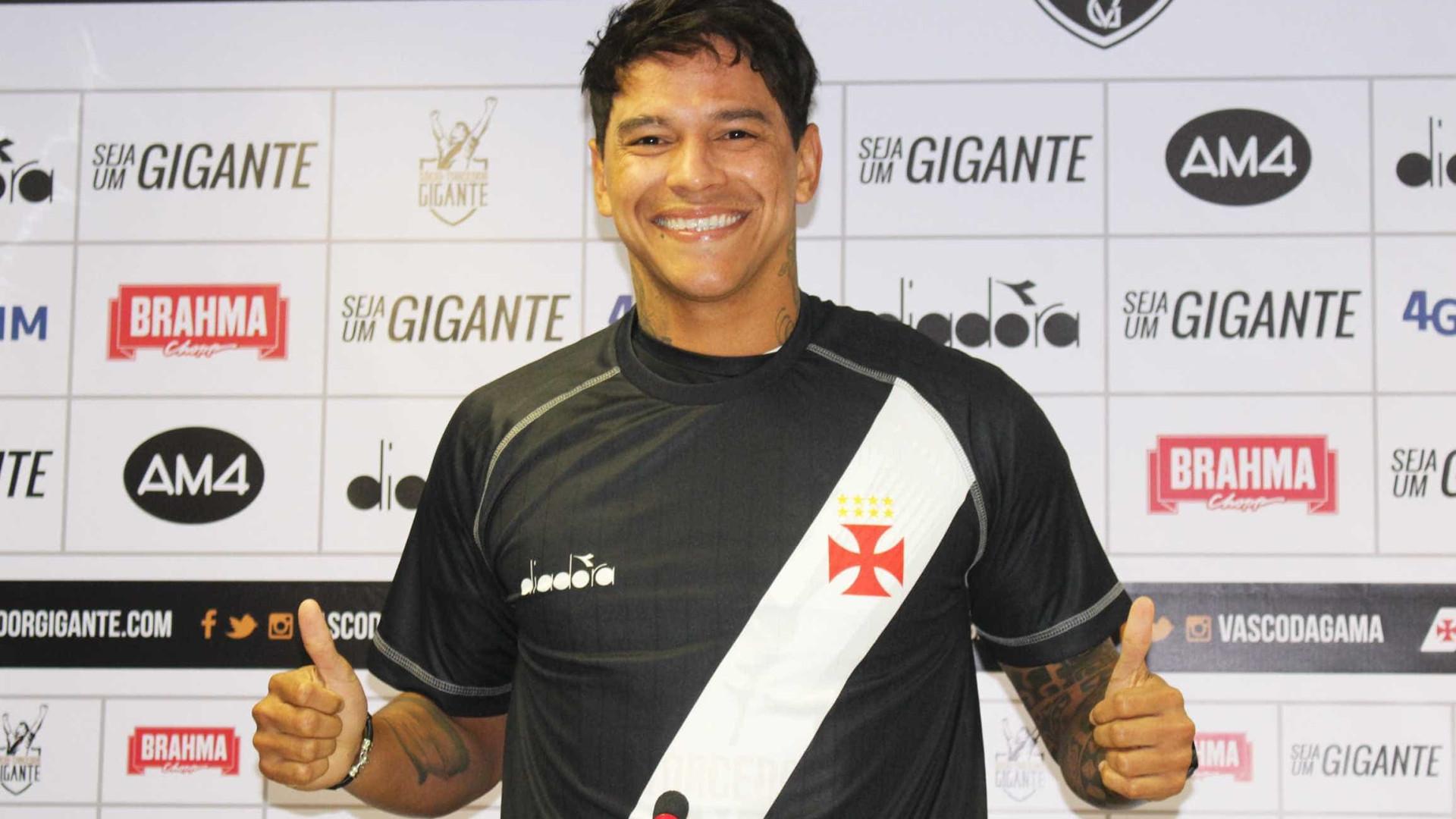 Giovanni Augusto sofre nova lesão no Vasco e para por três semanas