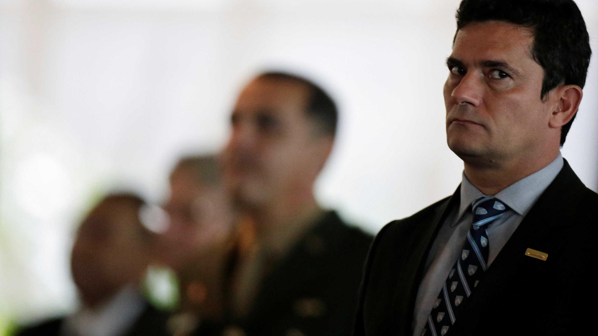 Em instituição em que Lula foi premiado, Moro ganha título honorário