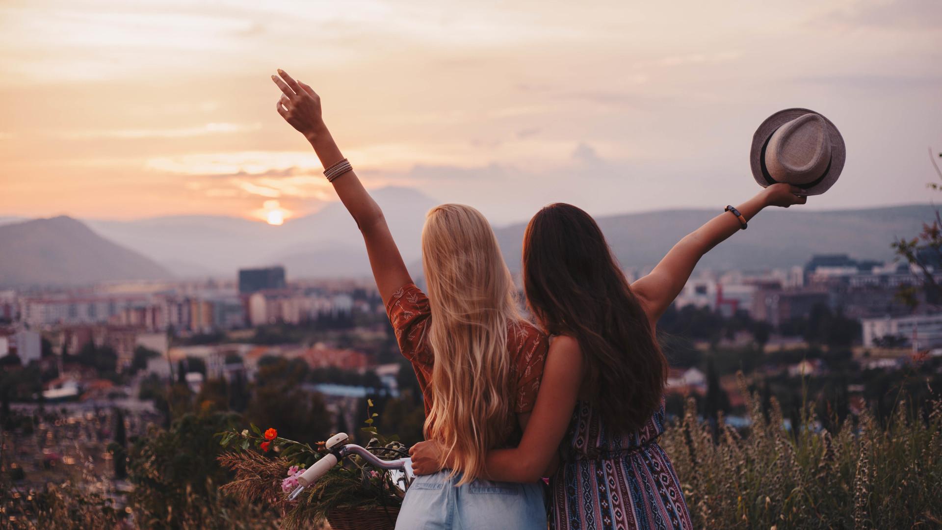 Dicas para conhecer locais enquanto viaja sozinho