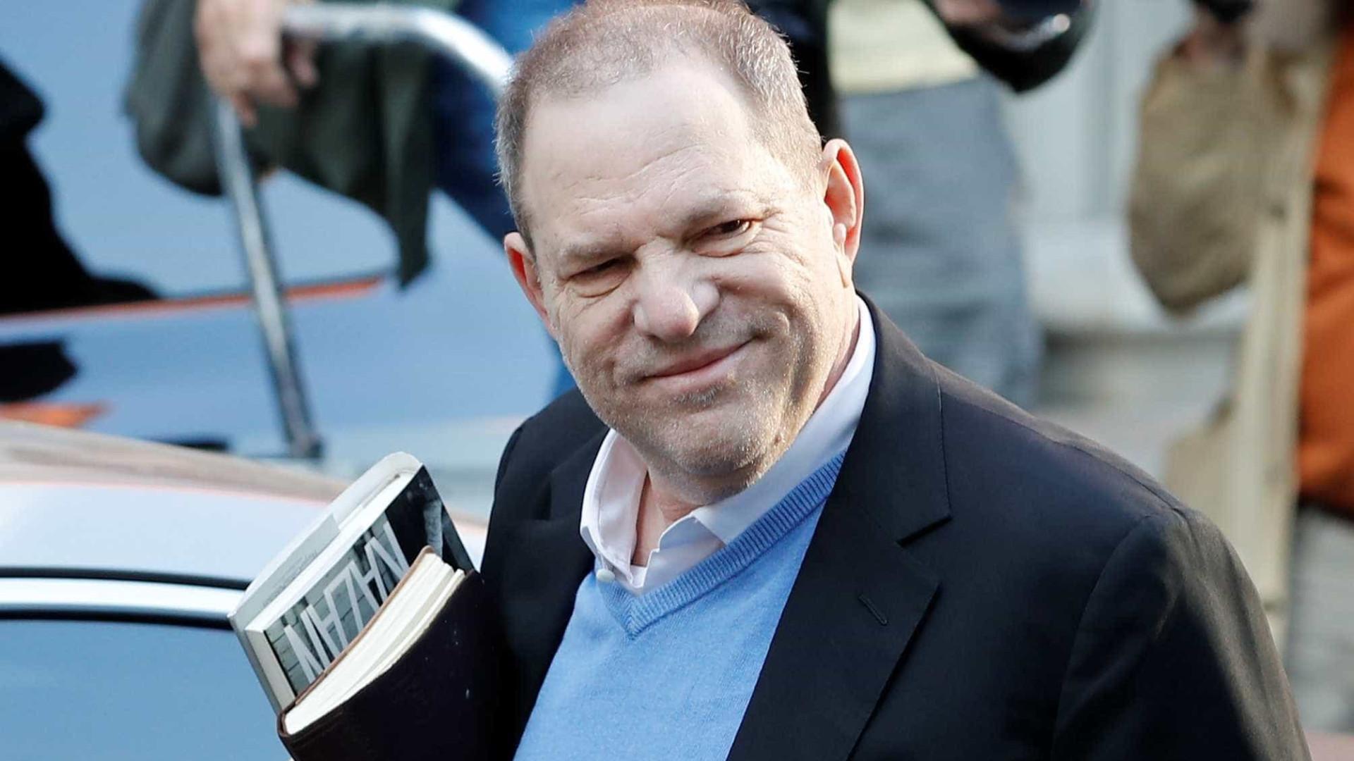 Promotoria derruba uma das acusações contra produtor Harvey Weinstein
