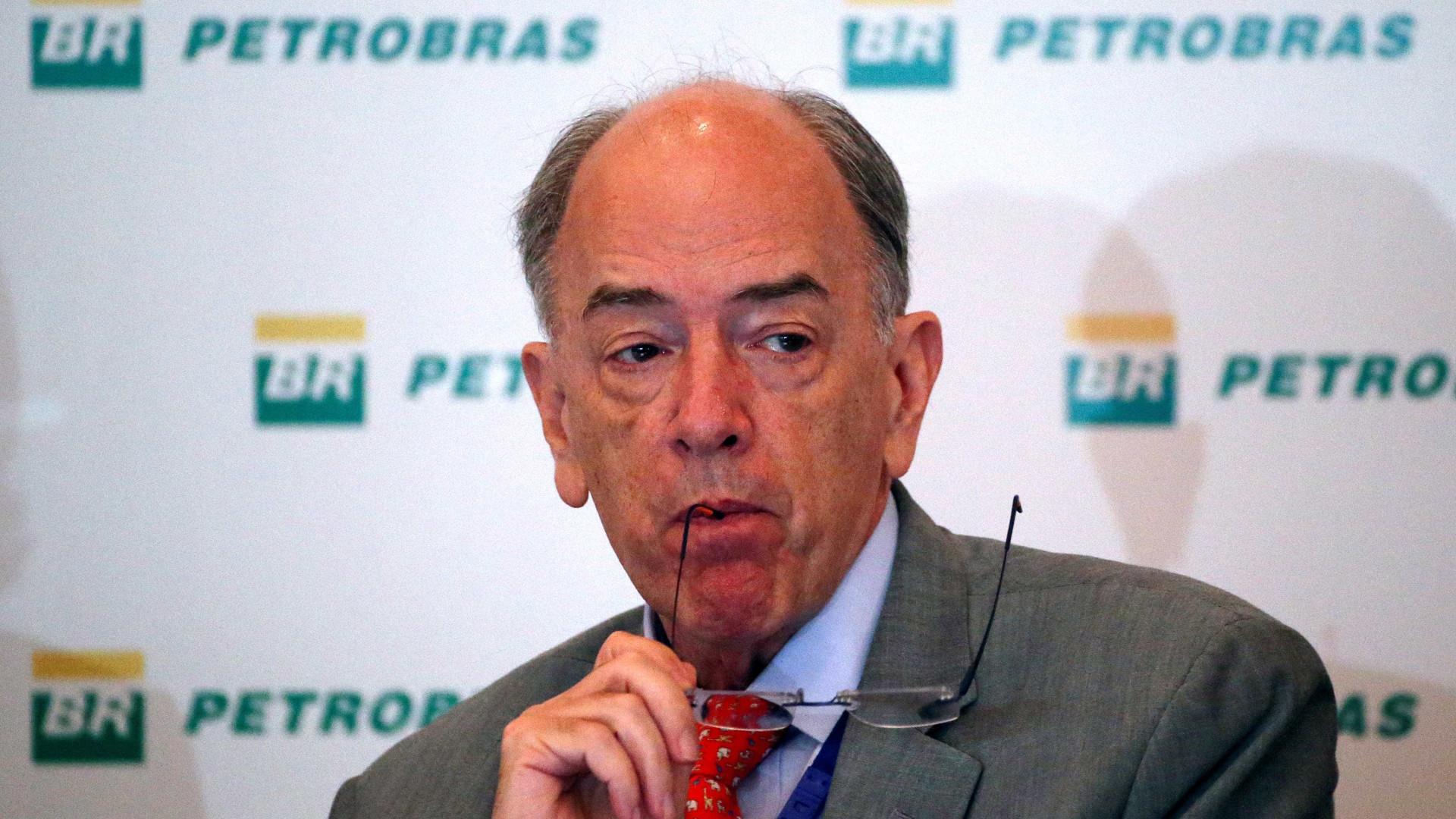 Congressistas cobram mudança na política de preços da Petrobras