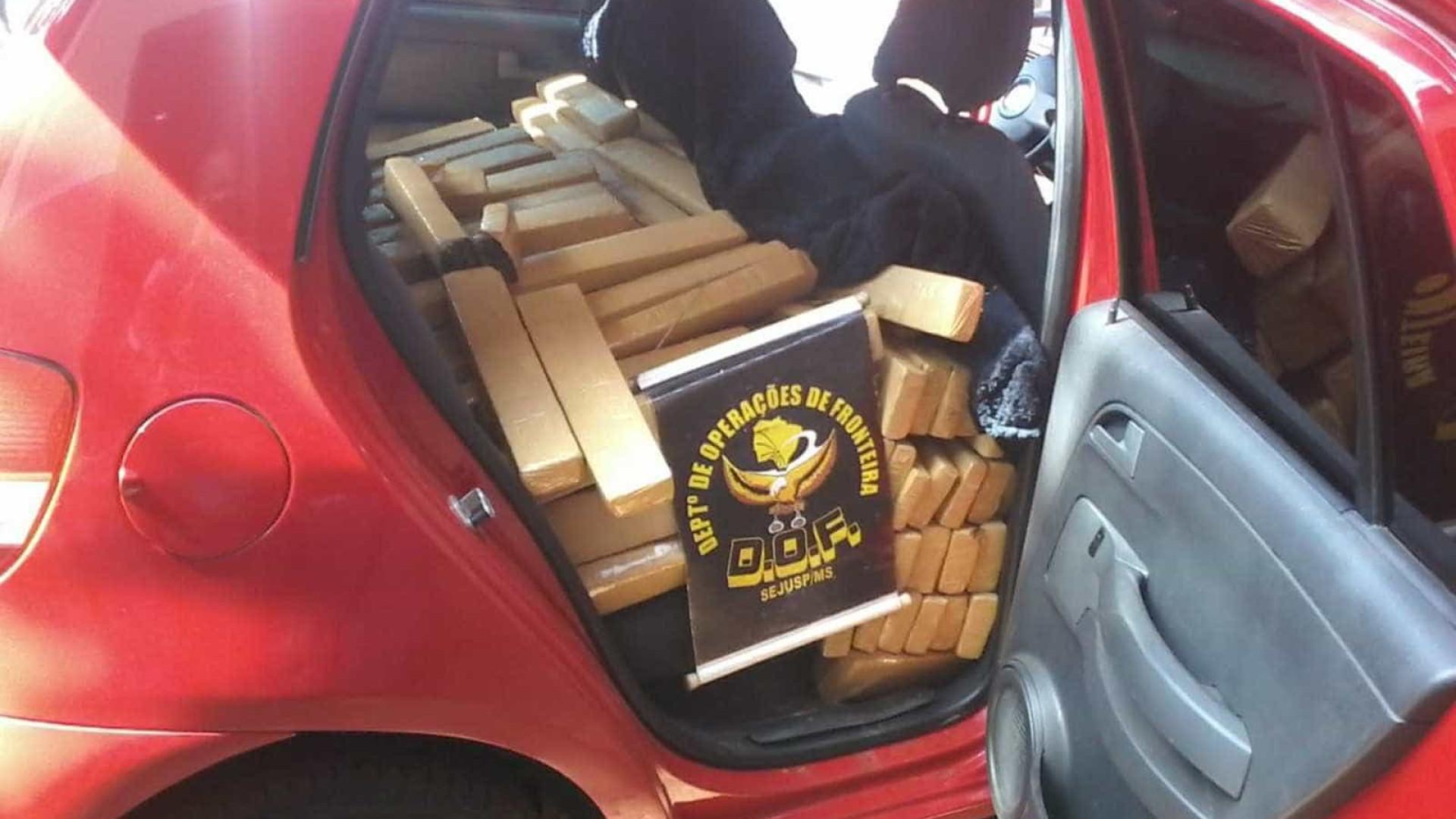 Polícia apreende mais de 500 quilos de drogas em carro no MS
