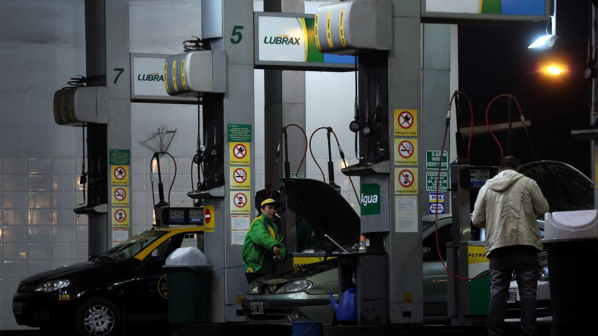 Doria sanciona lei contra consumo de álcool em postos de combustíveis
