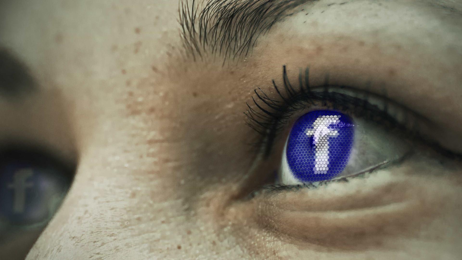 Facebook monta 'sala de guerra' para combater notícias falsas