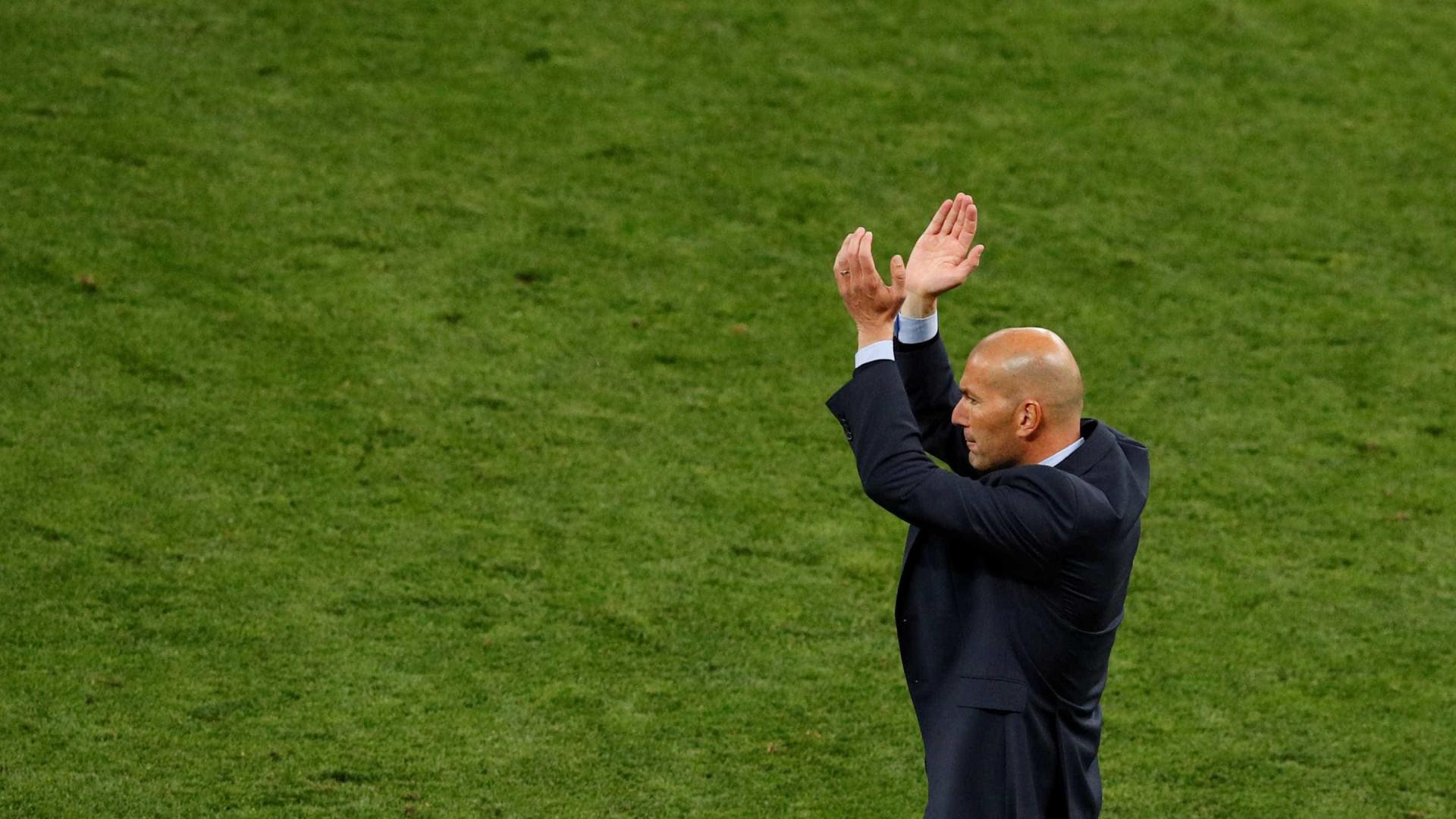 Zidane anuncia sua saída do Real Madrid