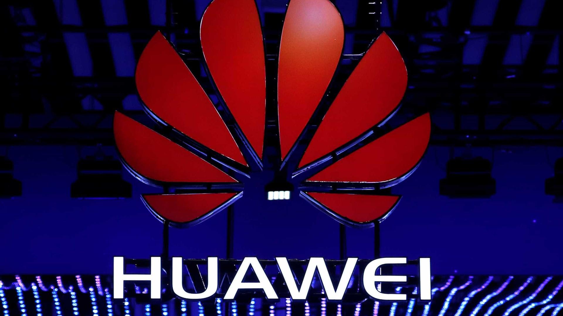 Facebook compartilhou dados com empresas chinesas, diz NYT