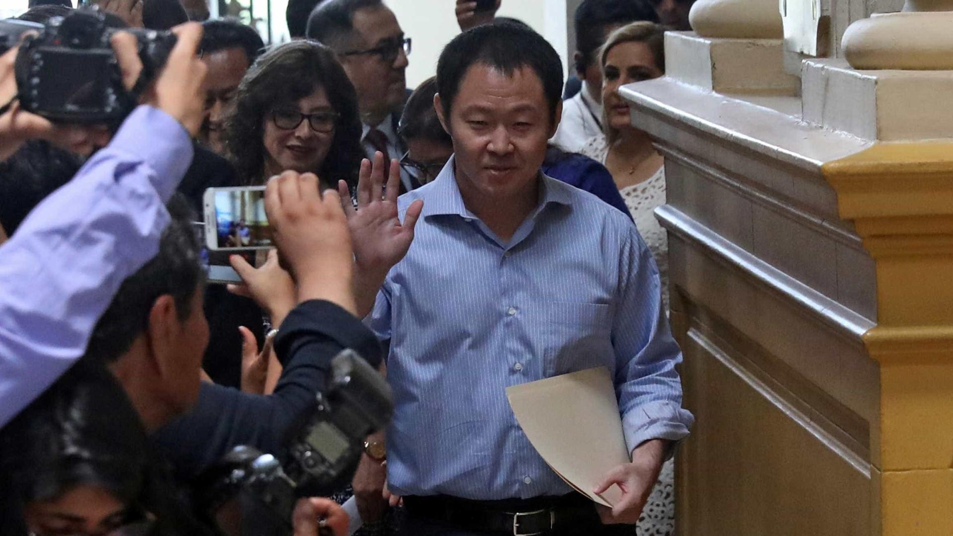 Congresso peruano suspende e denuncia filho de Alberto Fujimori