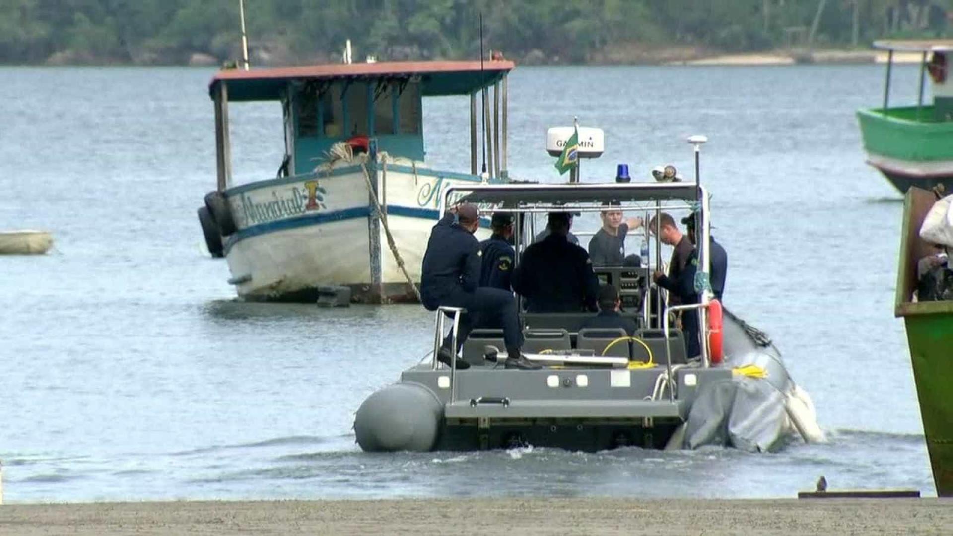 Número de mortos em naufrágio em Itaguaí sobe para nove