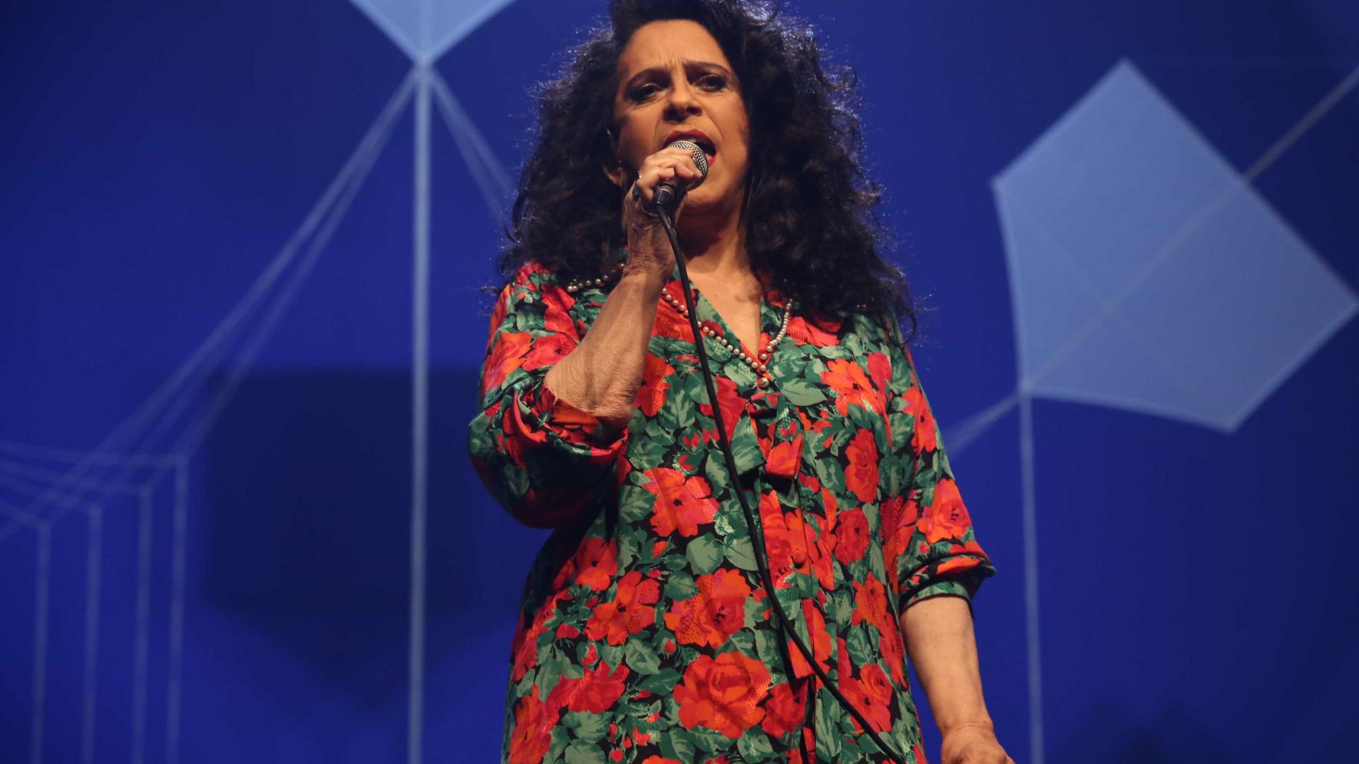 Após 25 anos, Gal Costa canta música inédita de Djavan