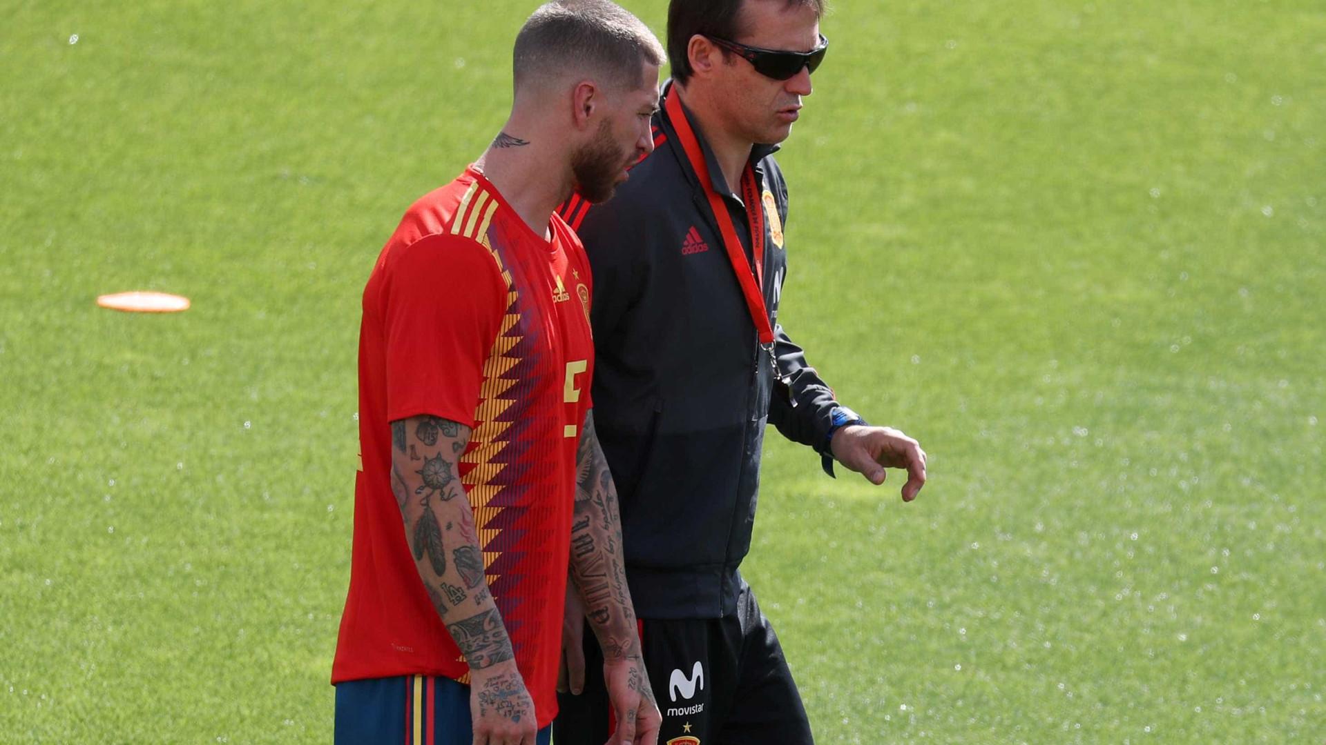 Sergio Ramos se manifesta pelo Twitter após demissão de técnico