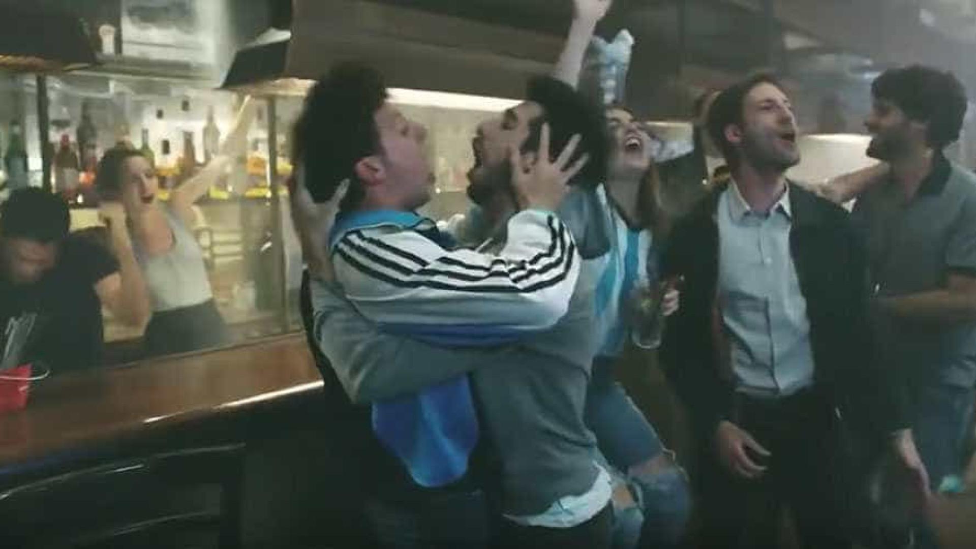 TV argentina tira comercial do ar após pressão russa e LGBT