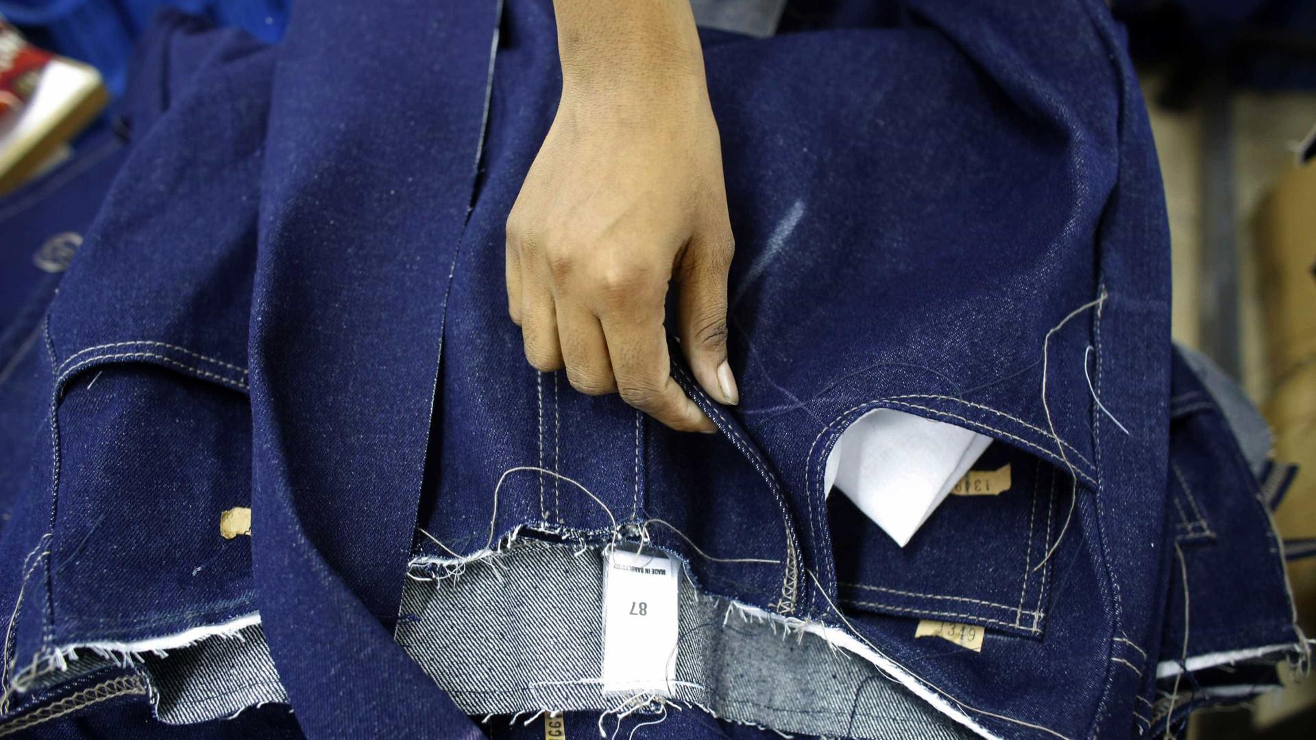 Europa aprova tarifas contra EUA em produtos como uísque, jeans e motos