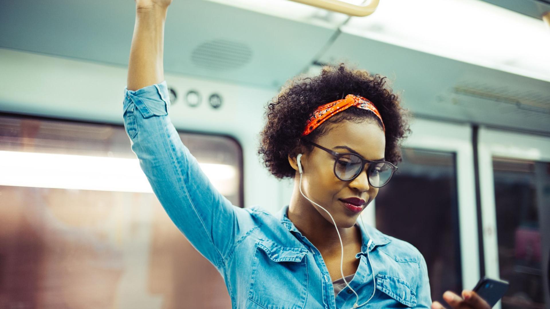 Google lança novo app pensando nos fãs de podcasts