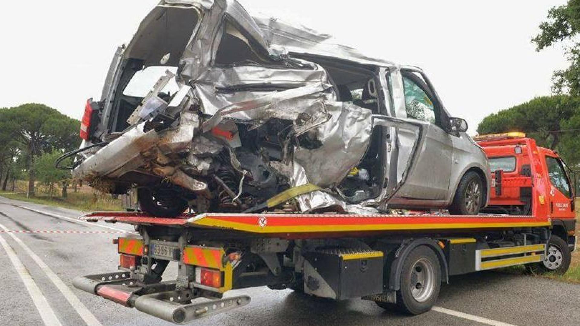 Sobe a três o número de brasileiros mortos em acidente em Portugal