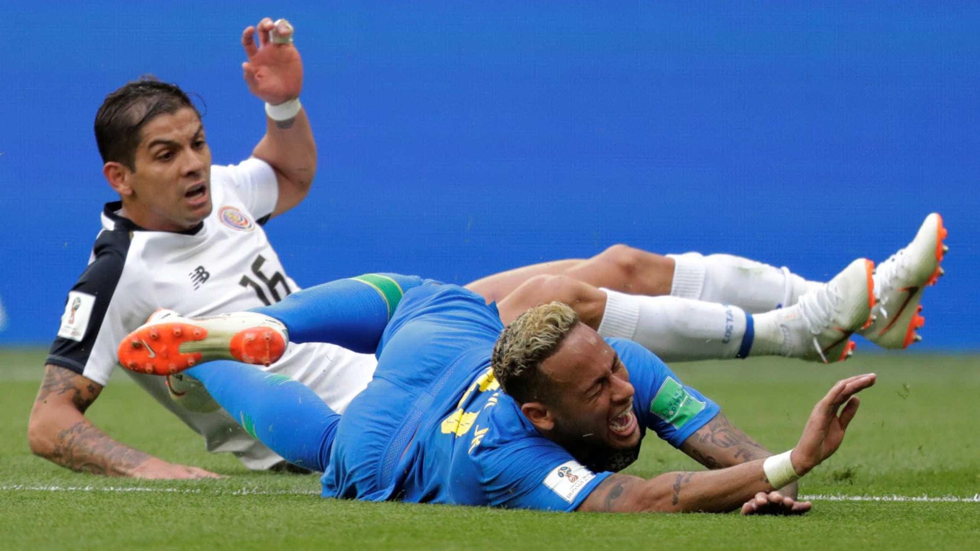 As melhores imagens de Brasil 2 x 0 Costa Rica