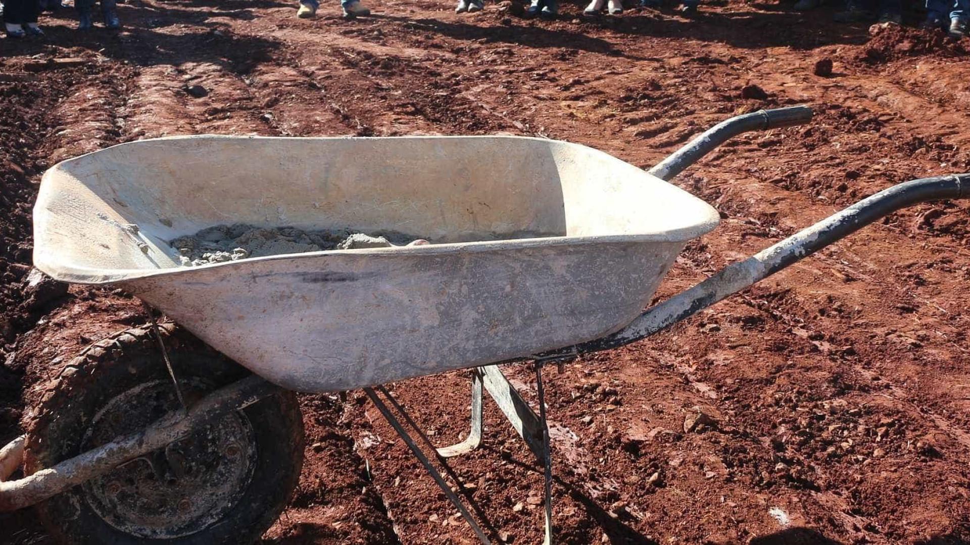 Corpo esquartejado é encontrado em carrinho de mão em Santo André