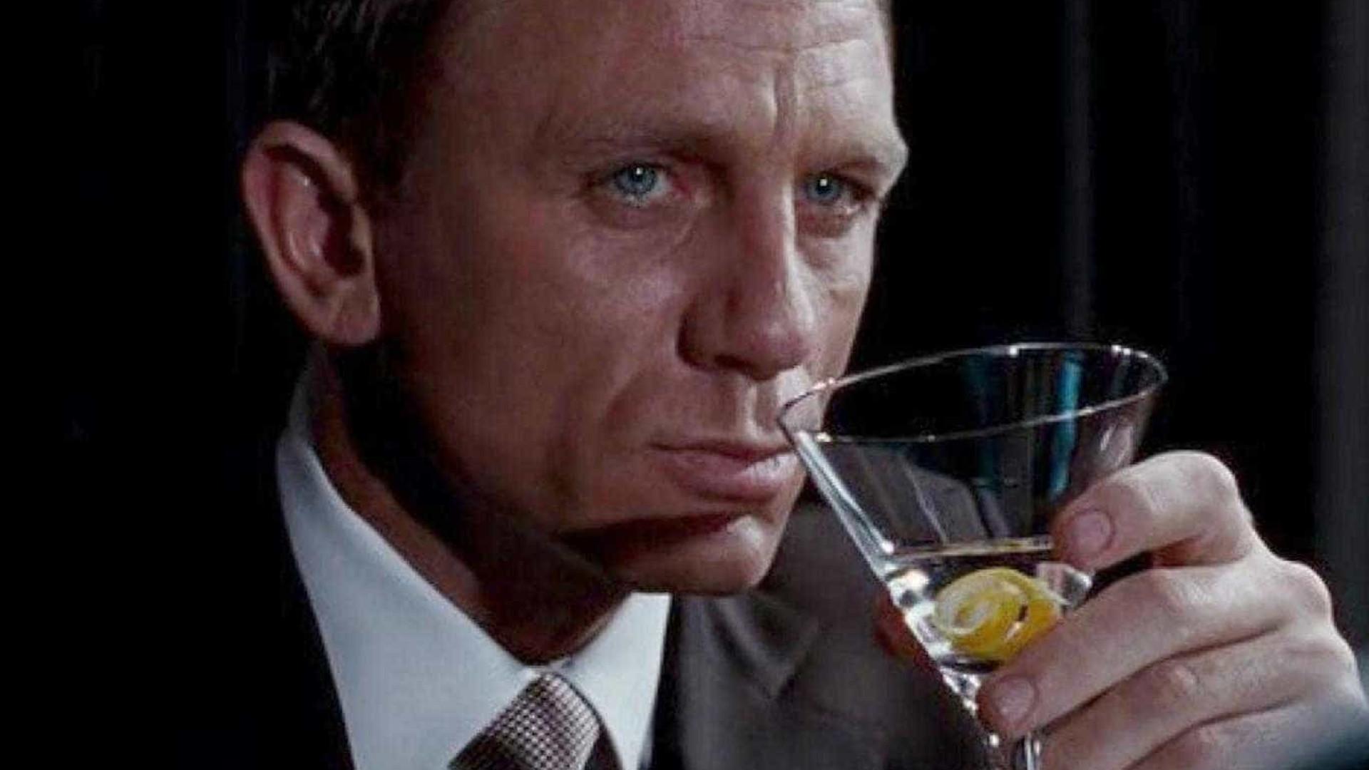 James bond drink casino royale plastic poker chip trays