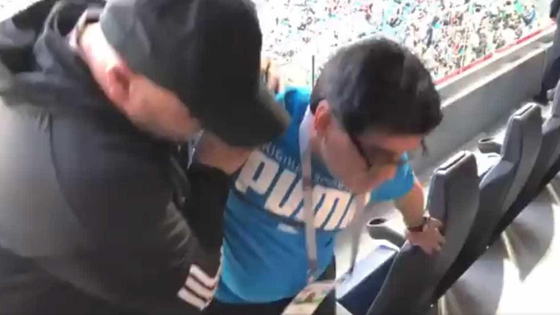 Maradona passa mal após classificação dramática da Argentina; vídeo