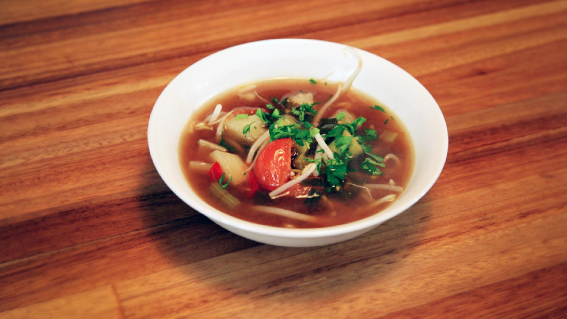 Faça uma sopa vietnamita agripicante