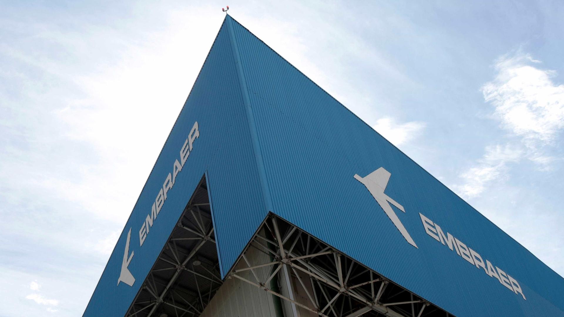 Após 7 anos, Anac emite certificação de novo avião cargueiro da Embraer