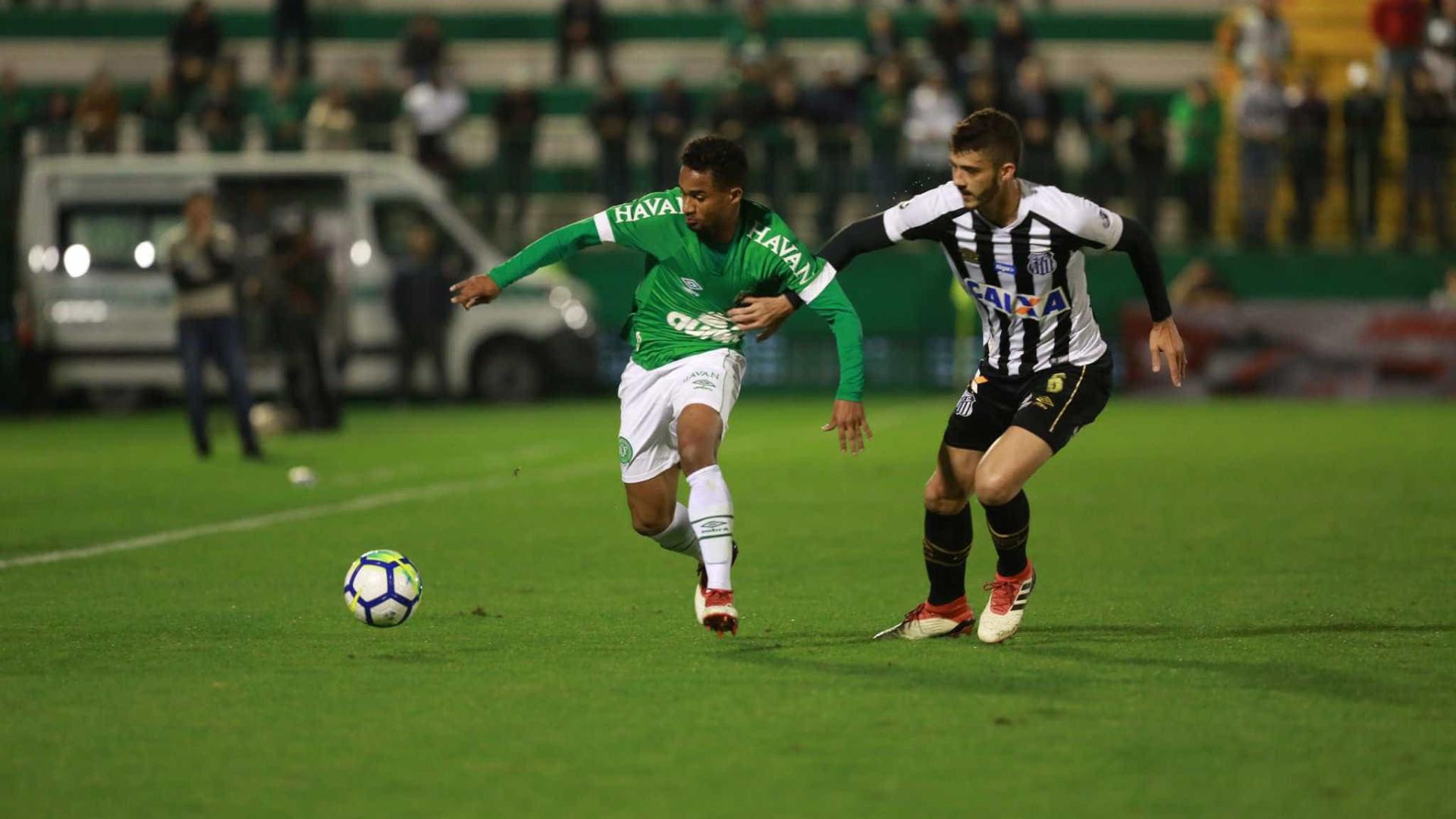 Santos sente falta de Rodrygo e só empata com a Chapecoense