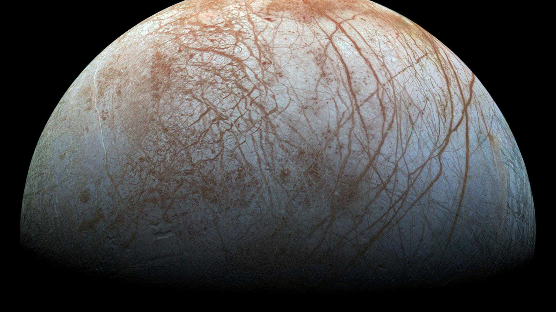 Nasa revela estar a um passo de encontrar vida em lua de Júpiter