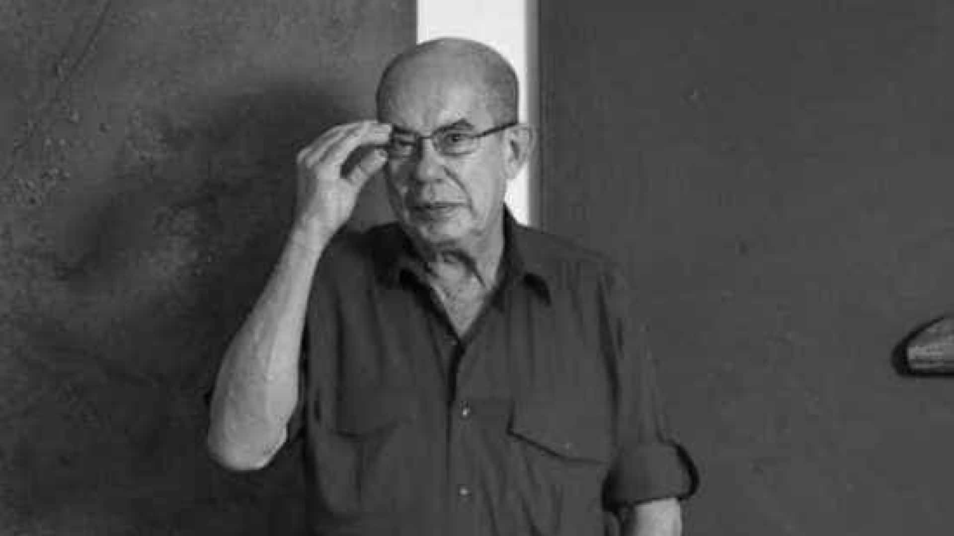 Morre artista plástico paraibano Antonio Dias aos 74 anos