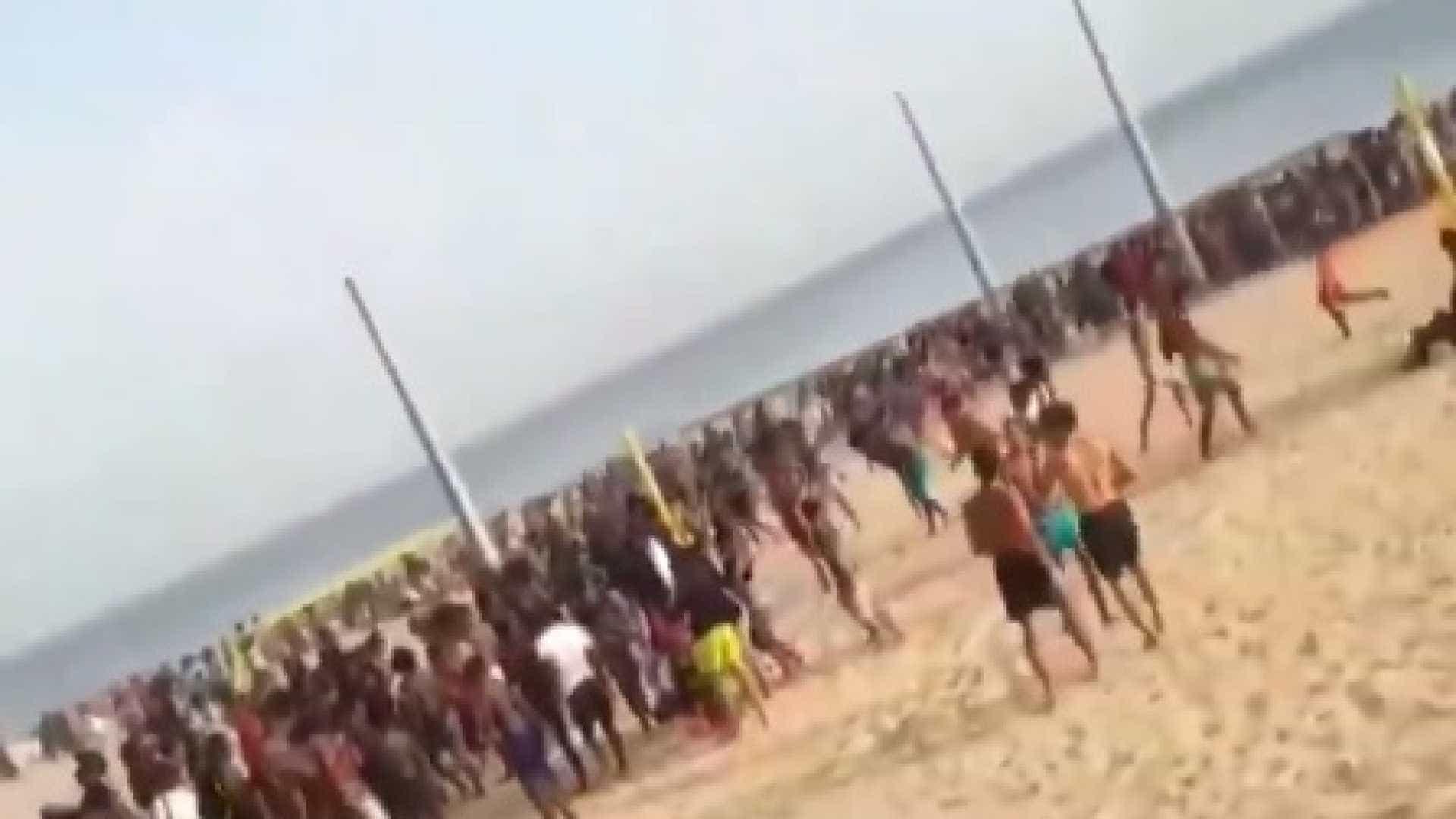 Briga generalizada assusta banhistas em praia de Portugal
