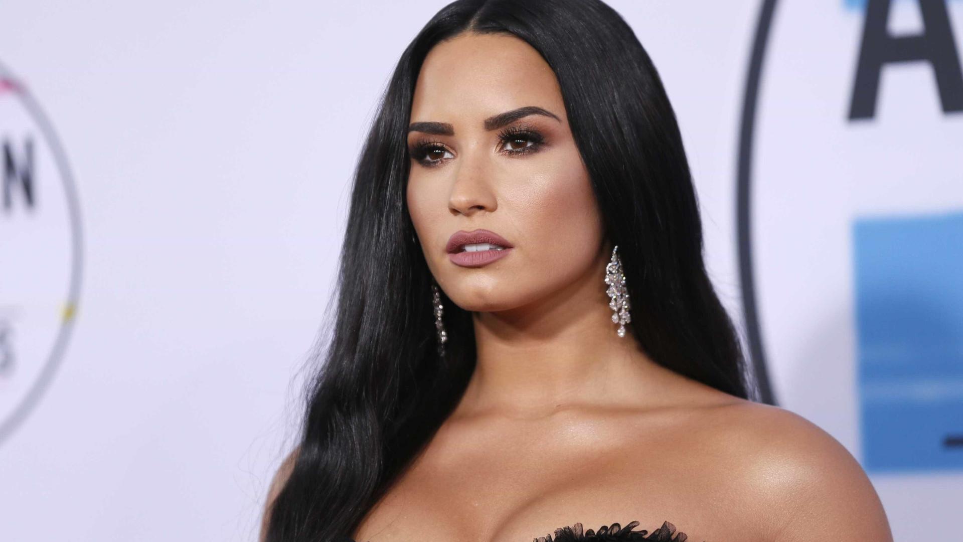 Demi Lovato cancela turnê na América do Sul para fazer reabilitação