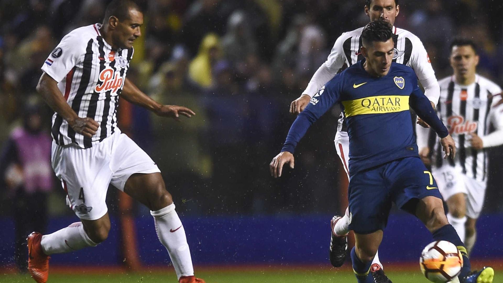Boca sai na frente do Libertad nas oitavas de final da Libertadores