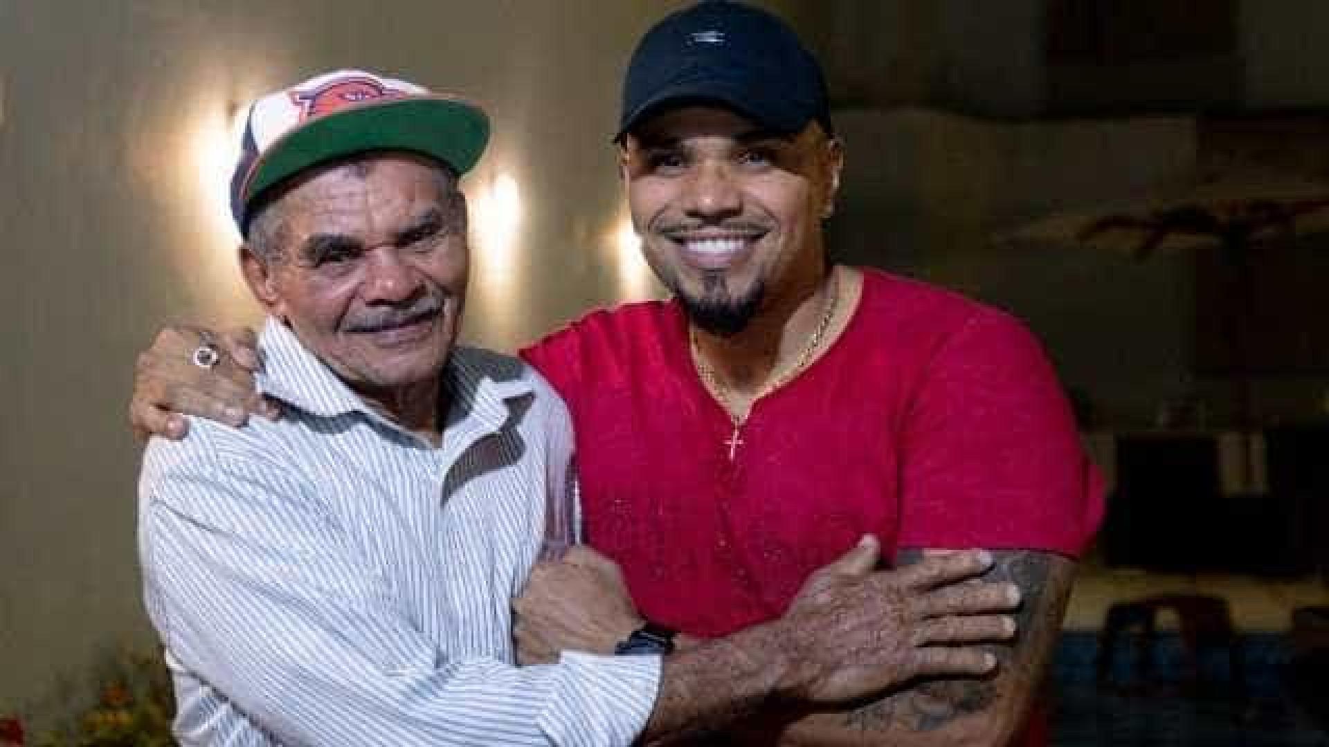 Naldo Benny faz as pazes com o pai após dois anos