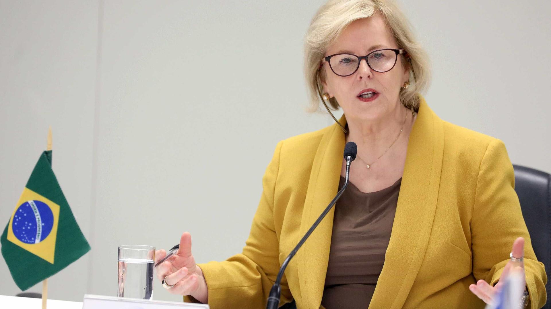 Ações contra candidaturasterão julgamento célere, diz Rosa Weber