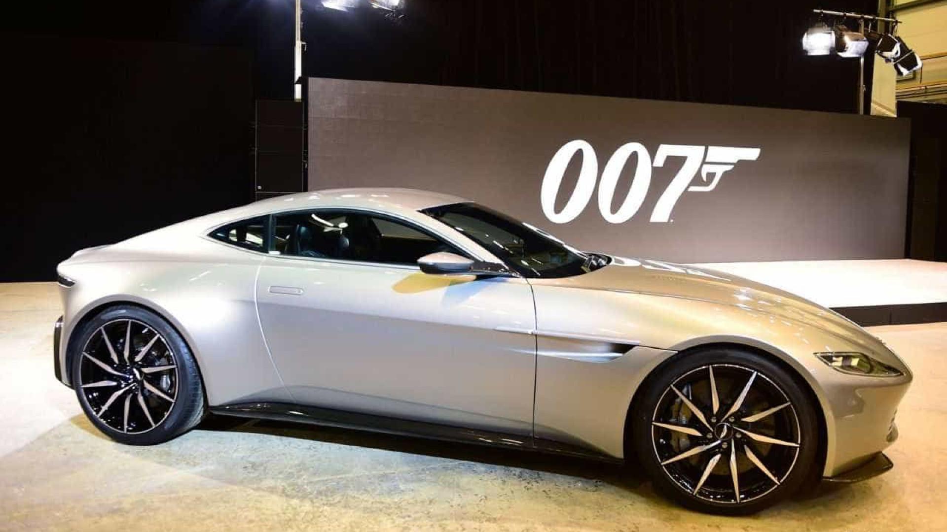 Réplicas do carro de James Bond serão vendidas por R$ 13 milhões
