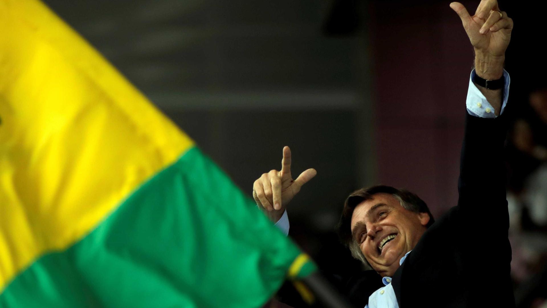 Cadeia é que nem coração de mãe, diz Bolsonaro no RS