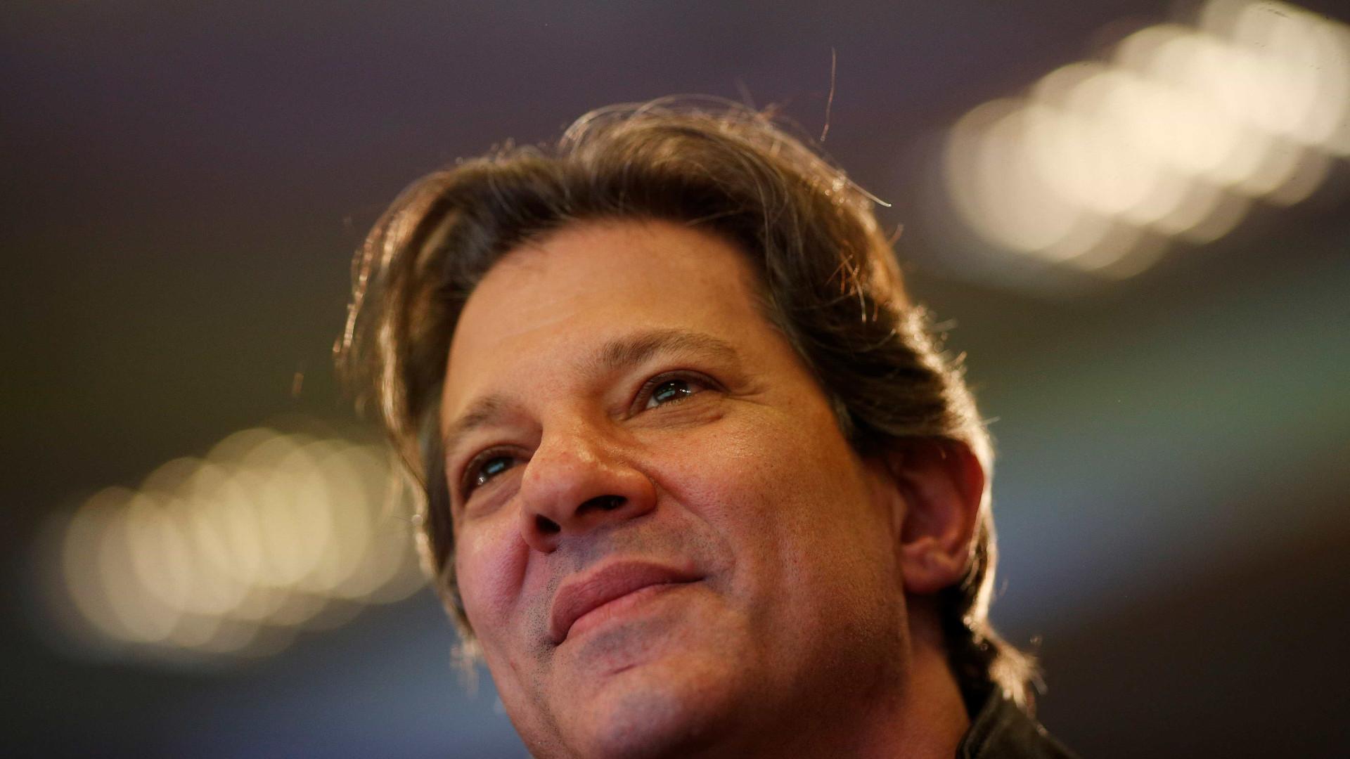 Haddad bate em Bolsonaro e se apresenta como defensor da democracia
