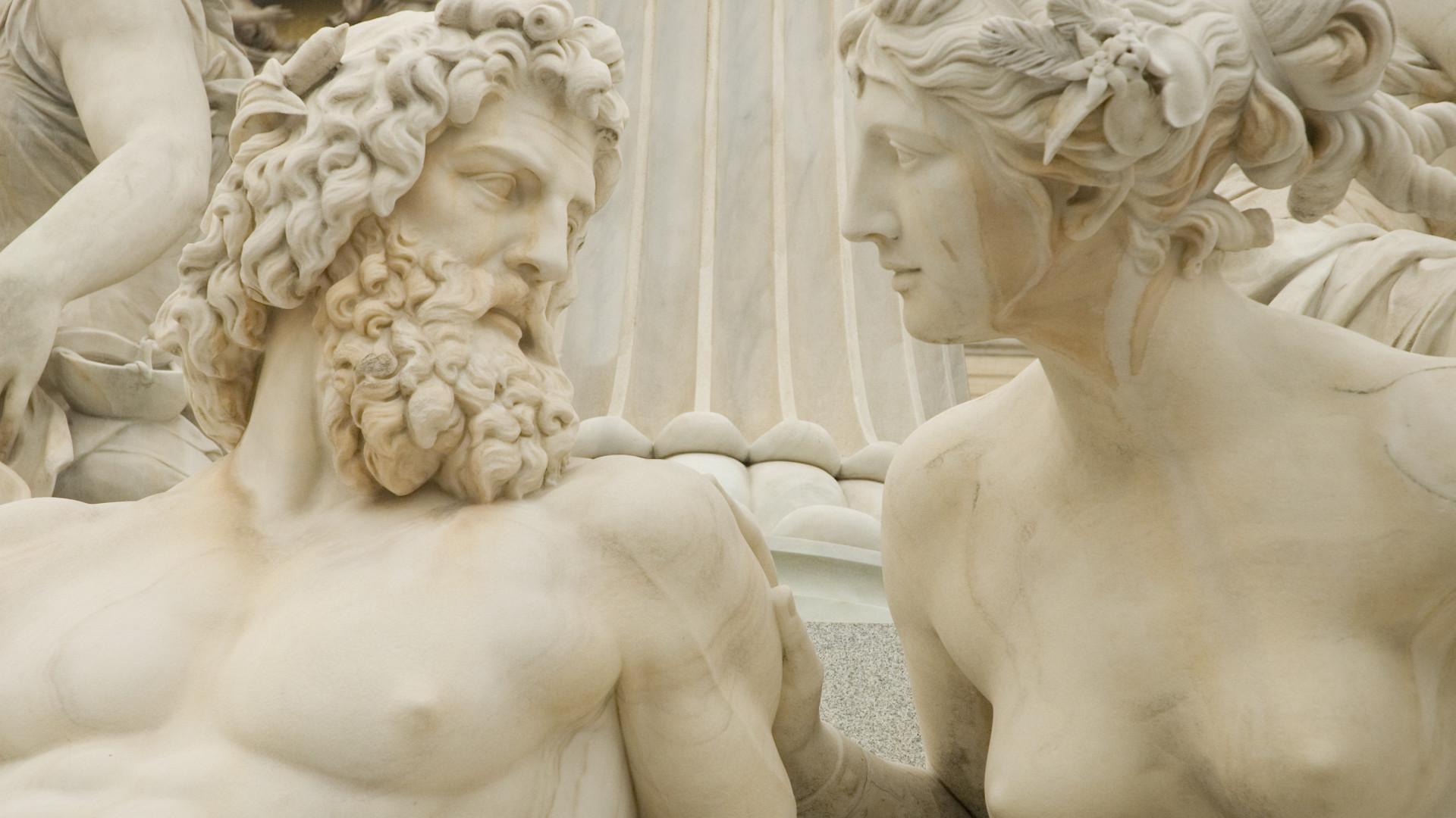 Poderosos: os deuses e heróis da mitologia grega