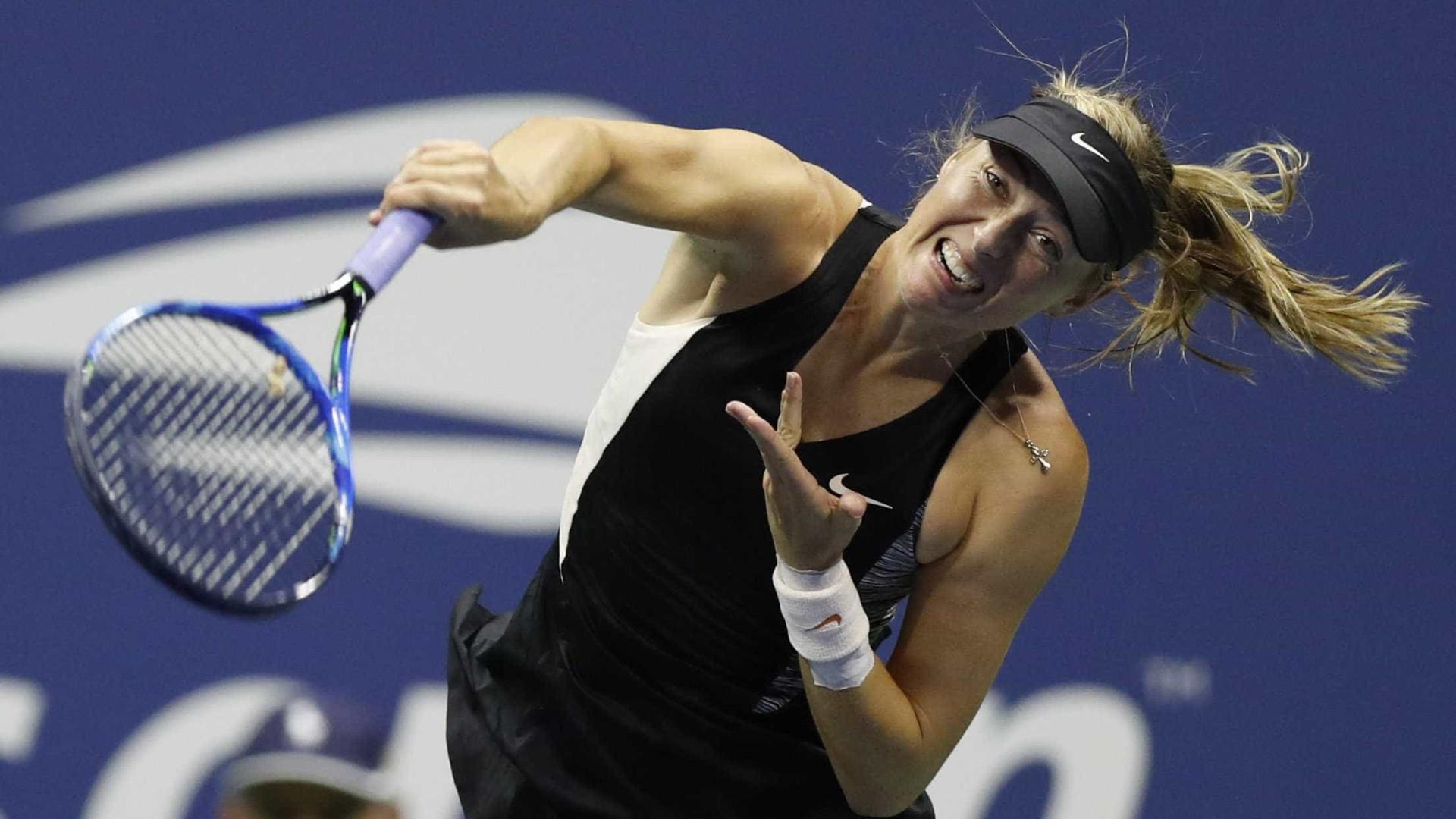 Sharapova vence romena e duela com Ostapenko no US Open