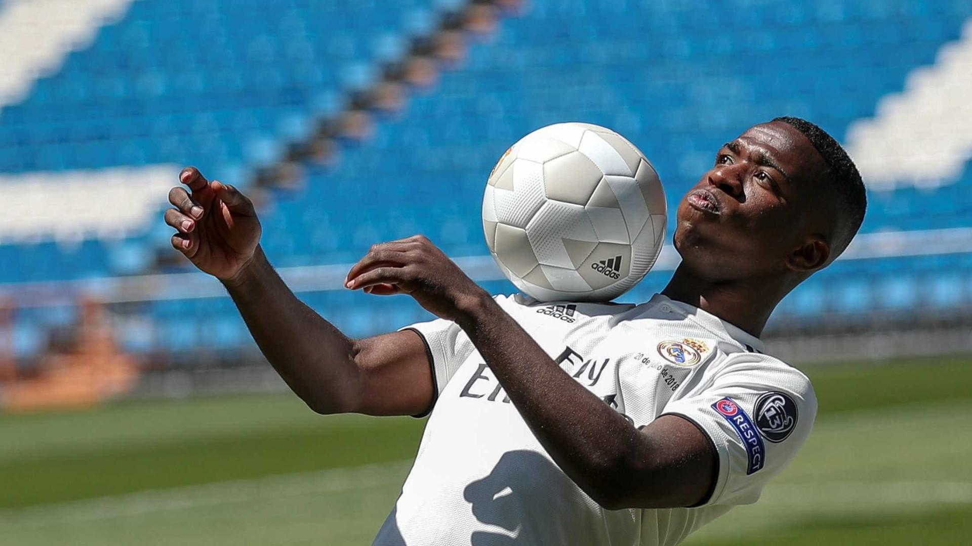 Real Madrid avalia que Vinicius Junior ainda precisa ser 'lapidado'