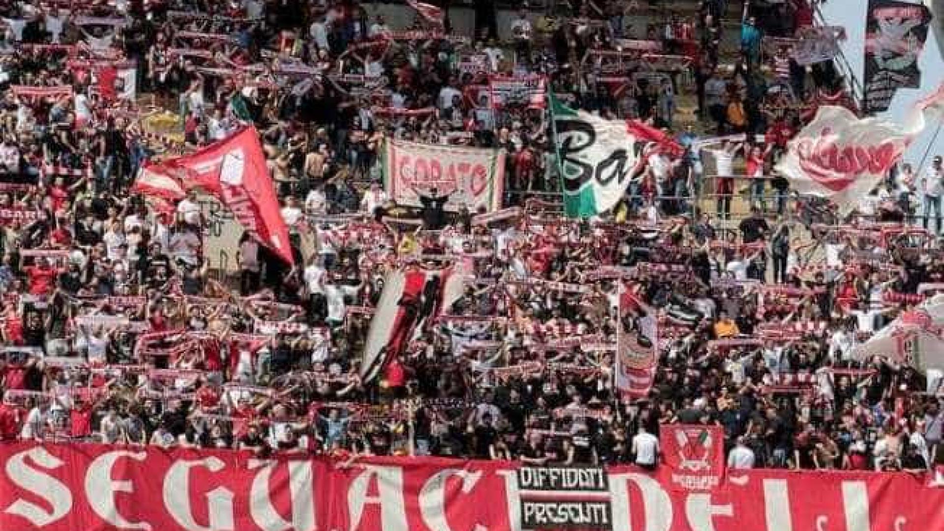 Falência de clubes marca início de temporada na Itália