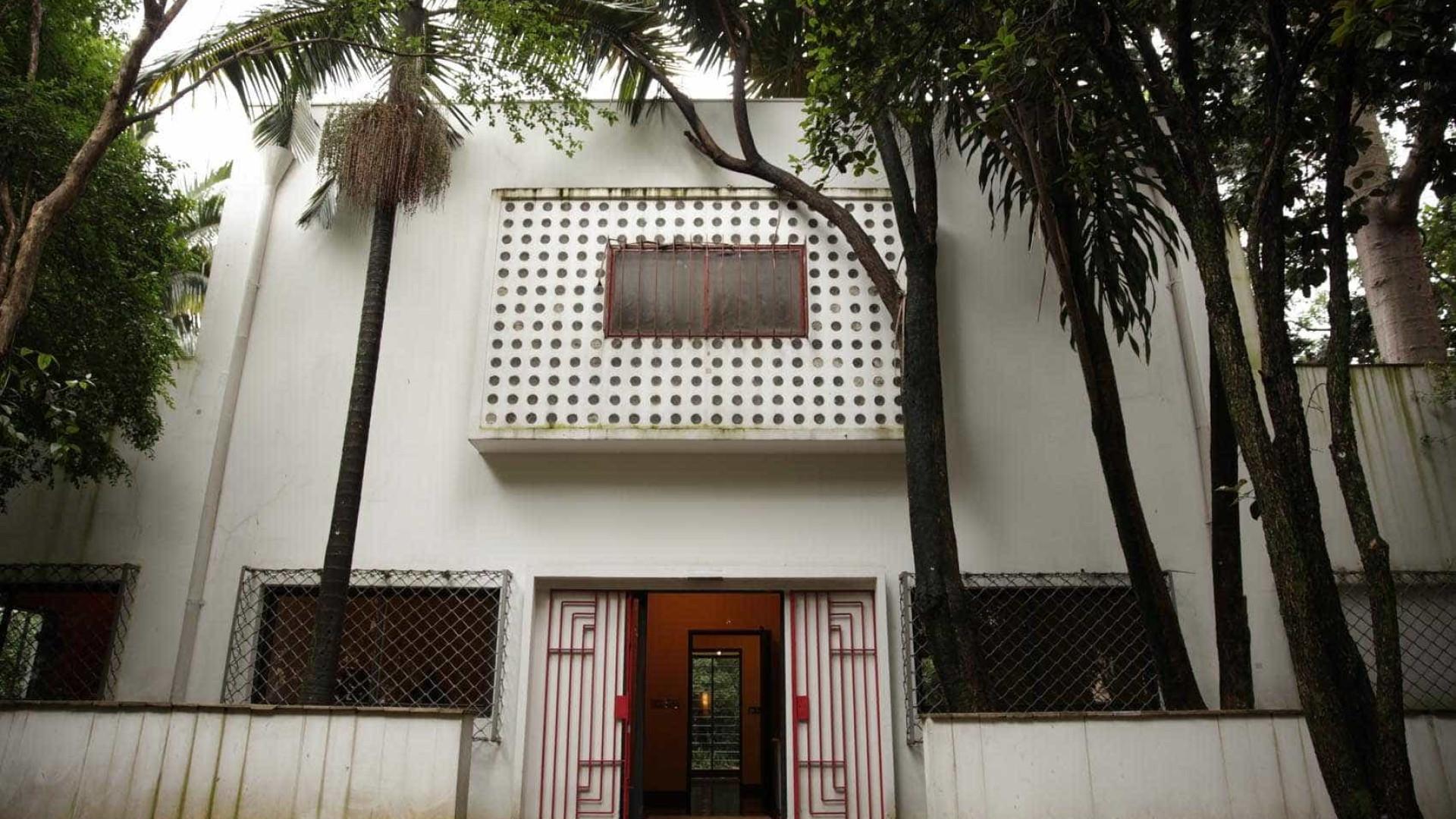 Símbolo arquitetônico, Casa Modernista enfrenta abandono em SP