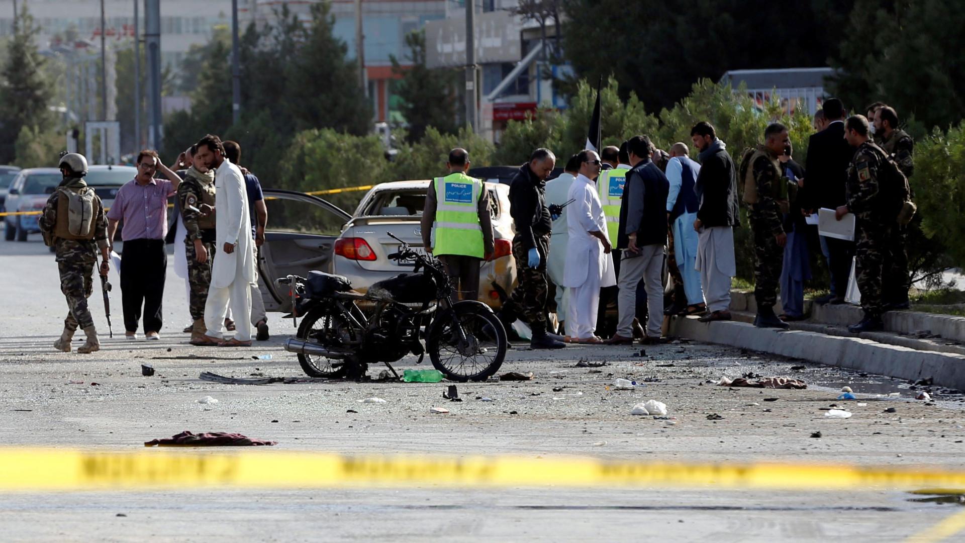 Balanço de mortos em ataque no Afeganistão sobe para 68 vítimas