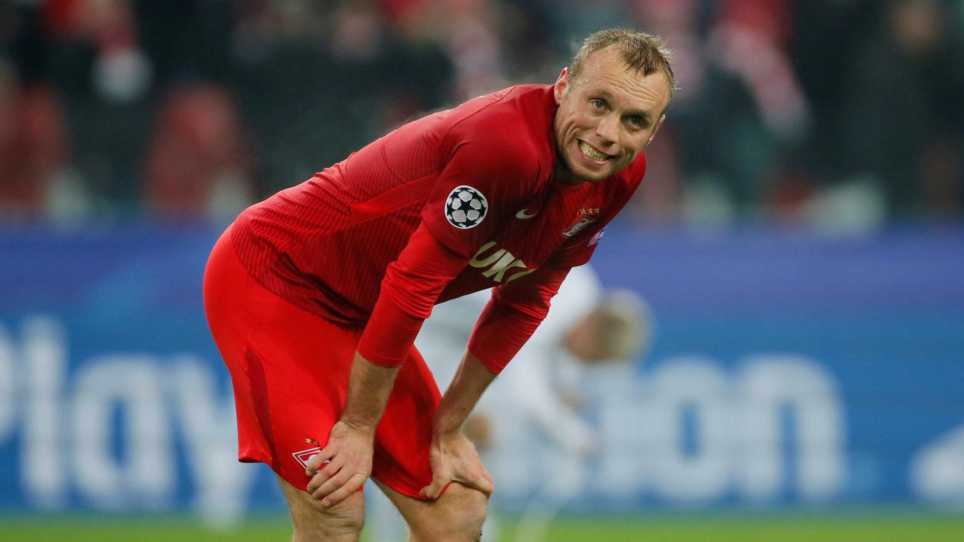 Spartak afasta jogadores por 'curtirem' crítica a técnico no Instagram