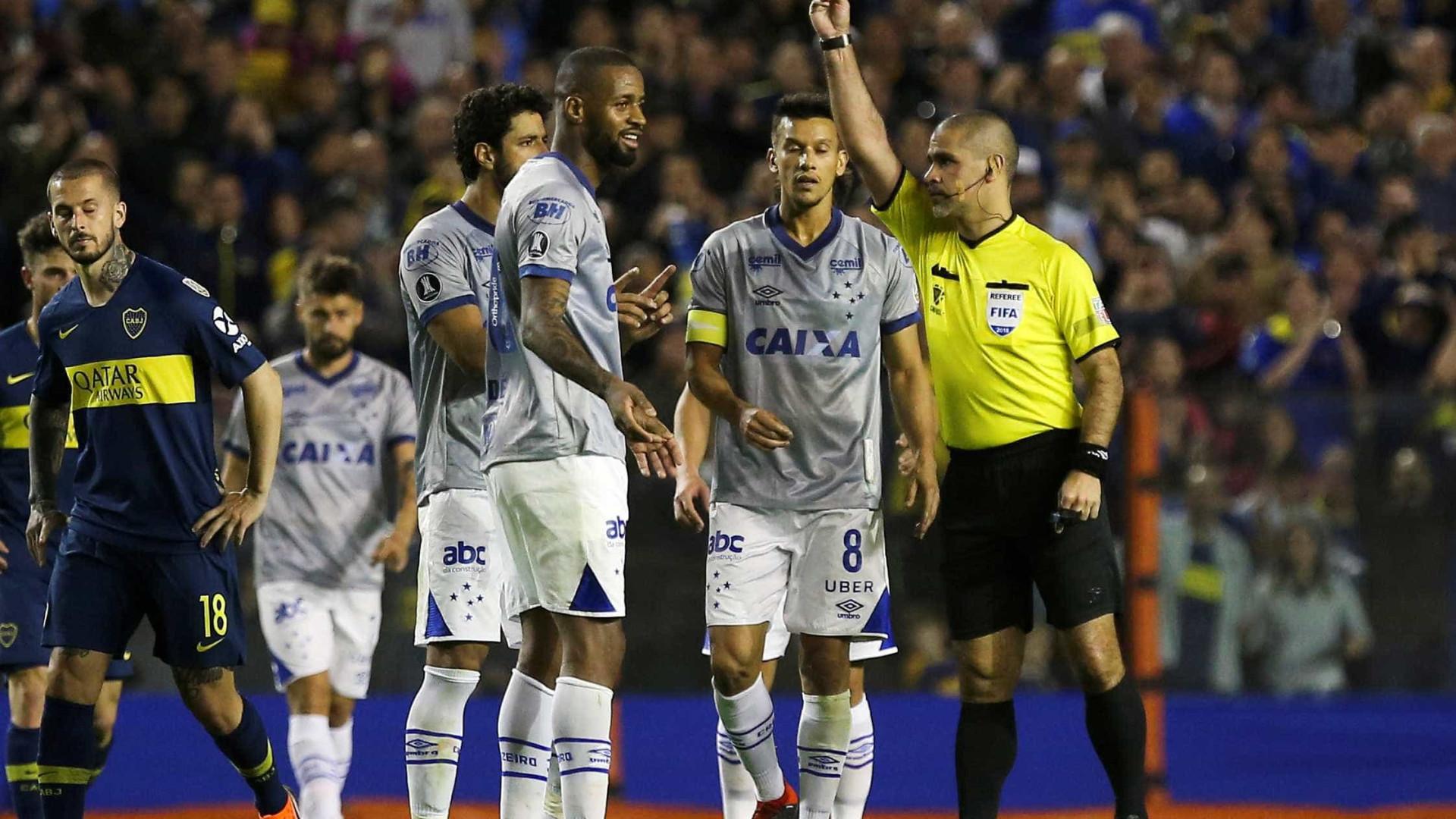 Dedé prevê reavaliação de lance polêmico em derrota do Cruzeiro
