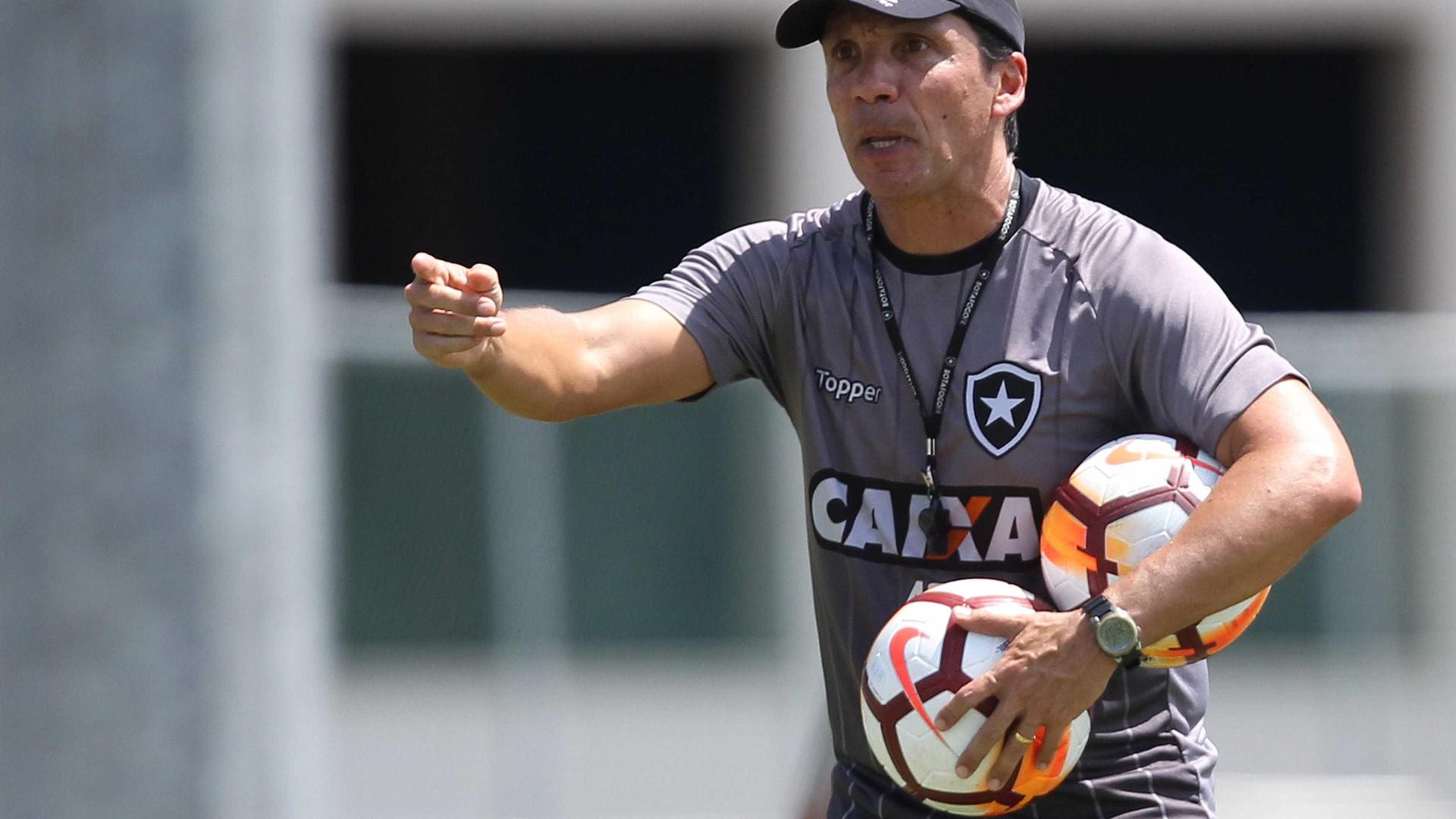 Botafogo e Vitória fazem confronto direto contra zona da degola